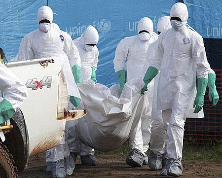 中国医生亲历埃博拉病毒爆发