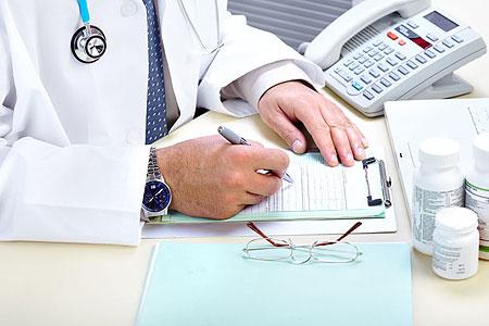 """""""三无""""病人每年欠费数十亿 医院有苦难言"""