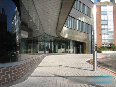 AFL事务所的曼切斯特克里斯蒂医疗中心开放
